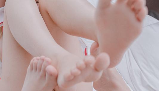 铃木美咲(Misaki Suzuki) – 幼稚的恋爱(46P/208M)