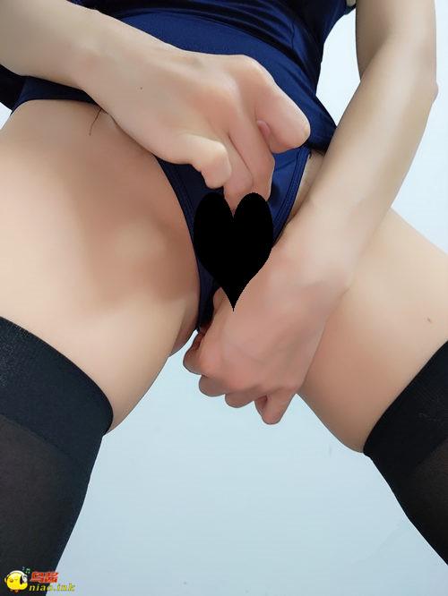 微博红人 桃桃酱 -黑丝性感拉链蓝色死库水【1v+24p/442MB】