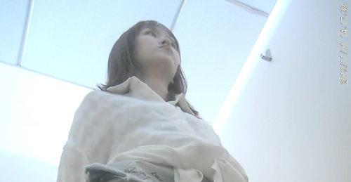 美女如云的电子厂女厕偷拍系列超清16部合集第一弹【16V/3.66G】