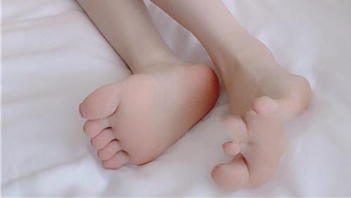 九尾狐狸M – 清纯学生[48P+1V/848MB]