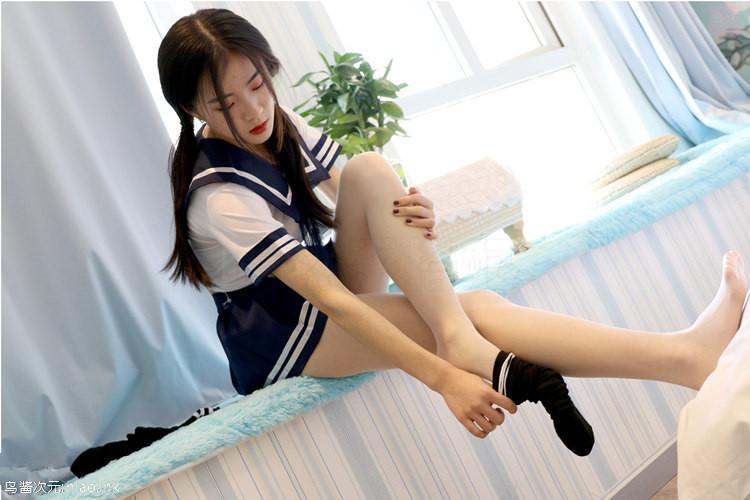 思话- 双马尾短裙肉丝 小狐狸[94P+2V/1.45G ]
