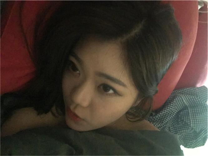 韩国可爱小人妻的羞羞日常[473P+36V/2.47G]