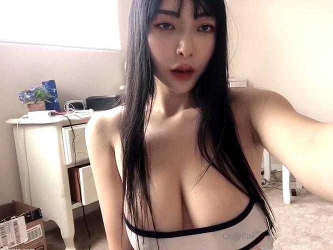 巨乳网红谭晓彤兔兔elisetu69合集[27v/4.75G]