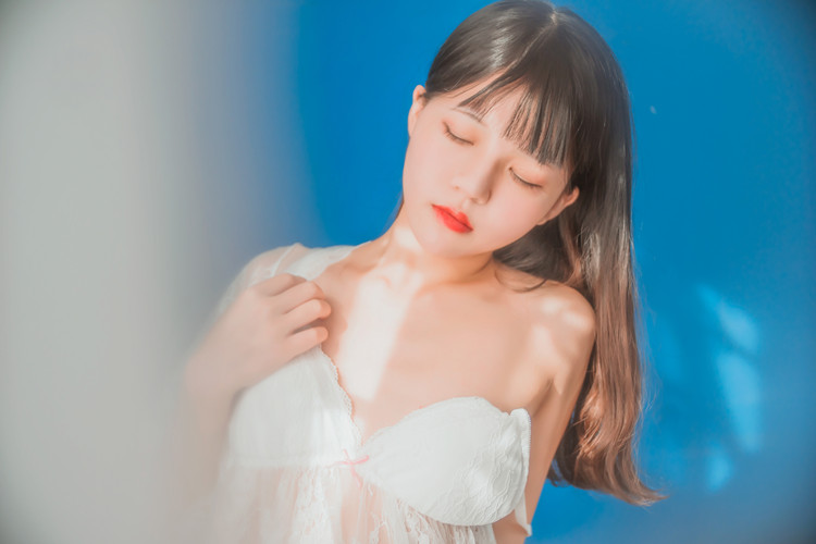 桜桃喵-(小少女)少女私房 [50P/658MB]