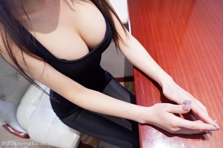 麻酥酥-紧身皮裤[22p+1v/378M]